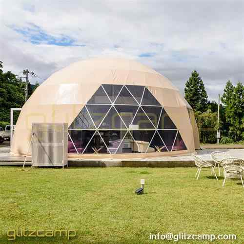 dome-igloo-for-reception-and-cafe